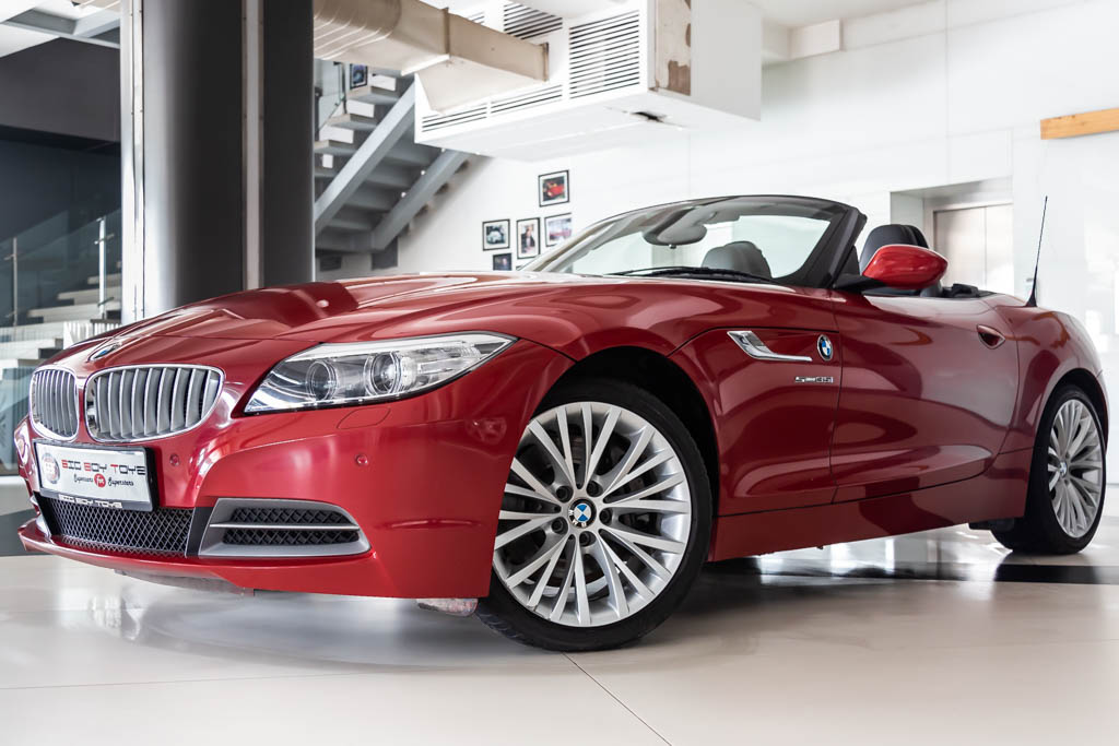 BMW-Z4-sDrive35i-Red-5