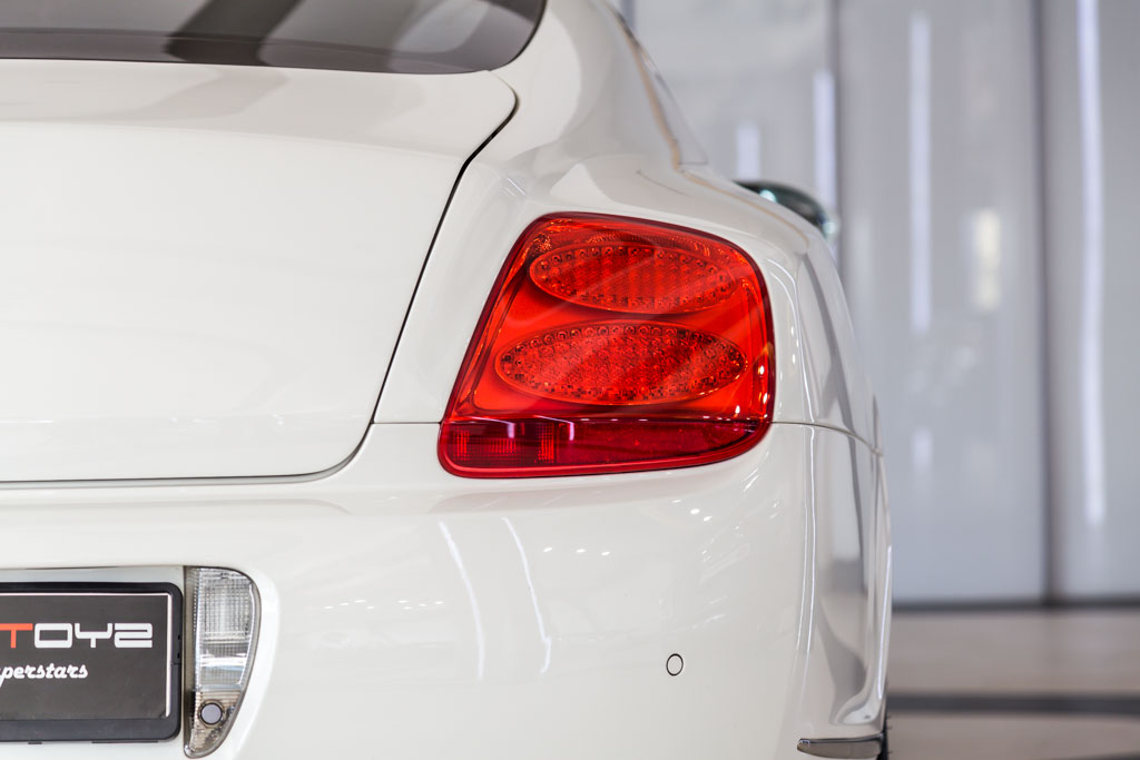 Bentley-GT-Speed-White-23