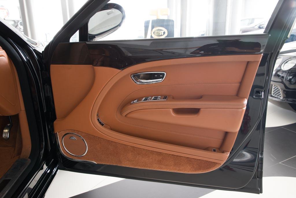 Bentley-black-8