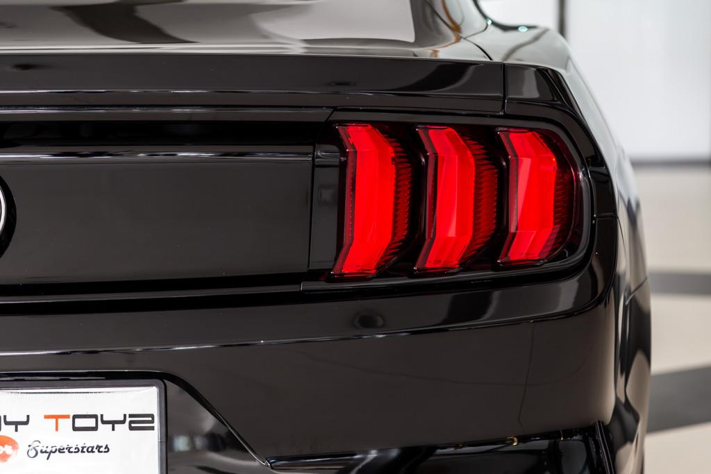 Black-Mustang-28