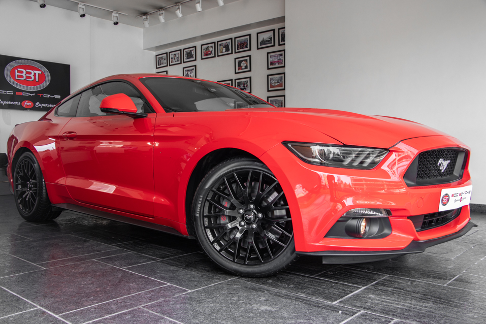 Ford-Mustang-Red-(19-of-26)