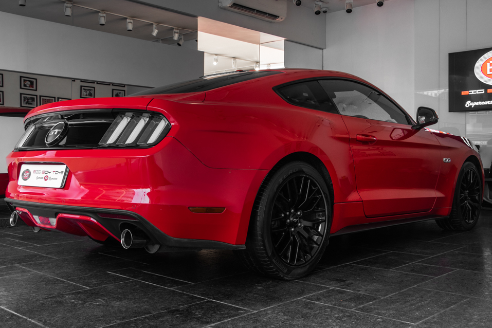Ford-Mustang-Red-(35-of-13)
