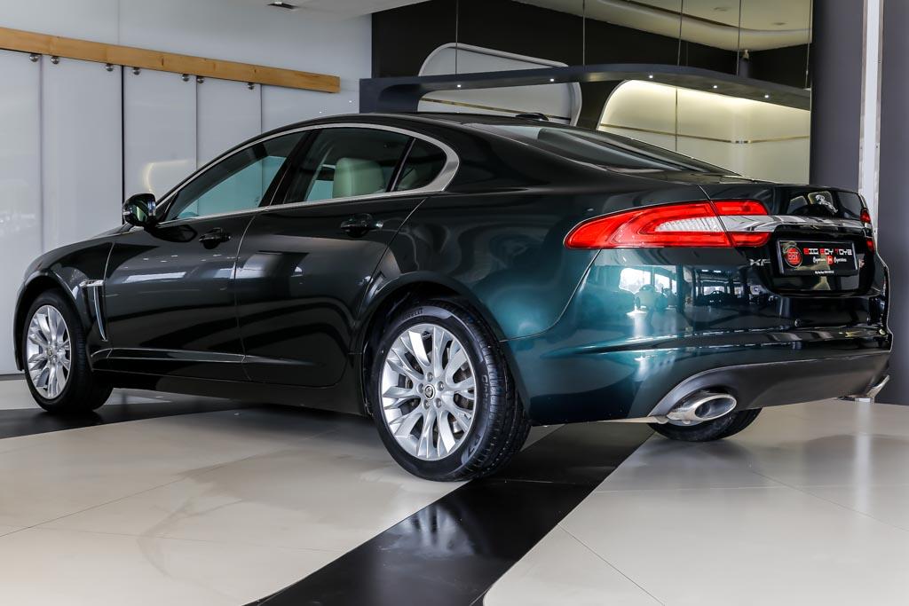 Jaguar-XF-Green-20
