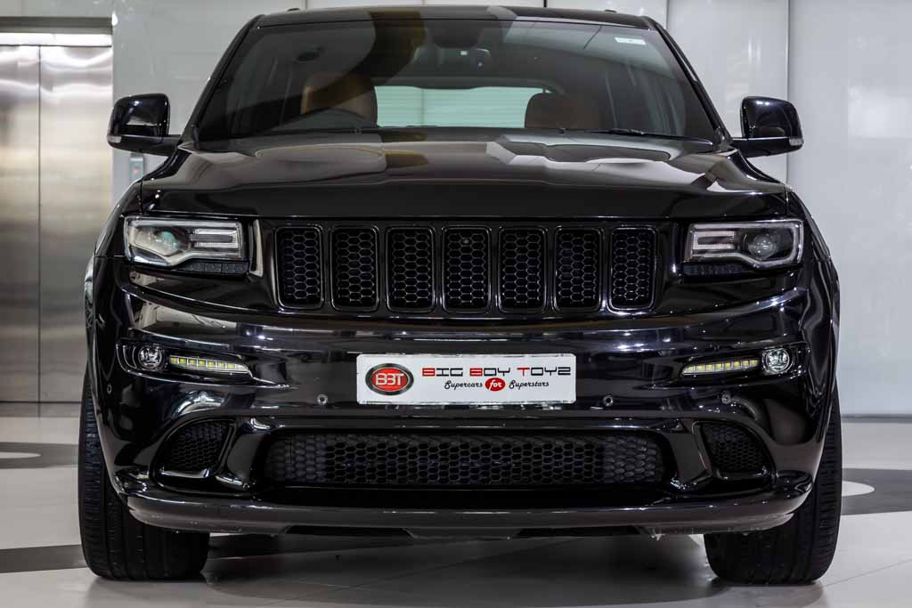 Jeep-Cherokee-SRT-2016-Black-1