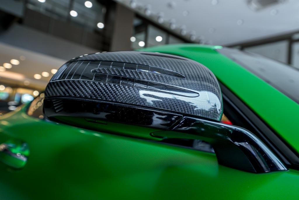 Mercedes-AMG-GTR-01309
