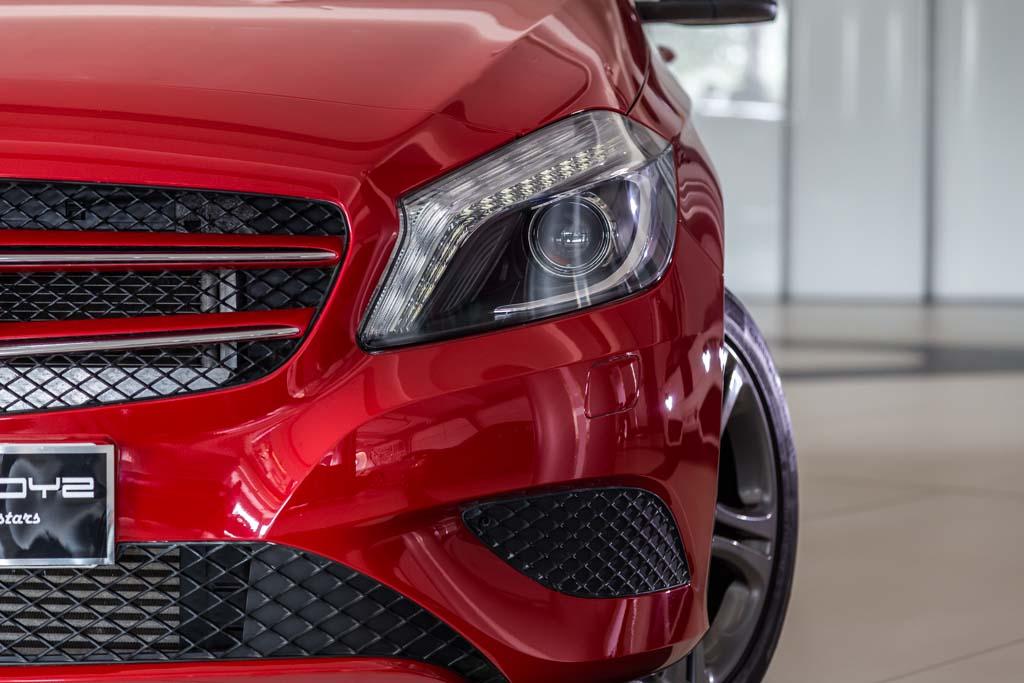 Mercedes-Benz-A180-CD-6