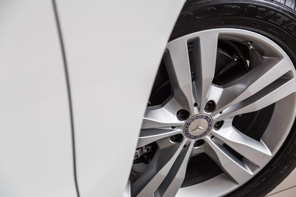 Mercedes-Benz-GLE-350-d-6