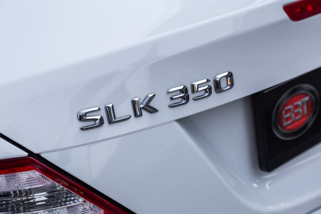 Mercedes-Benz-SLK-350-White-Out-13