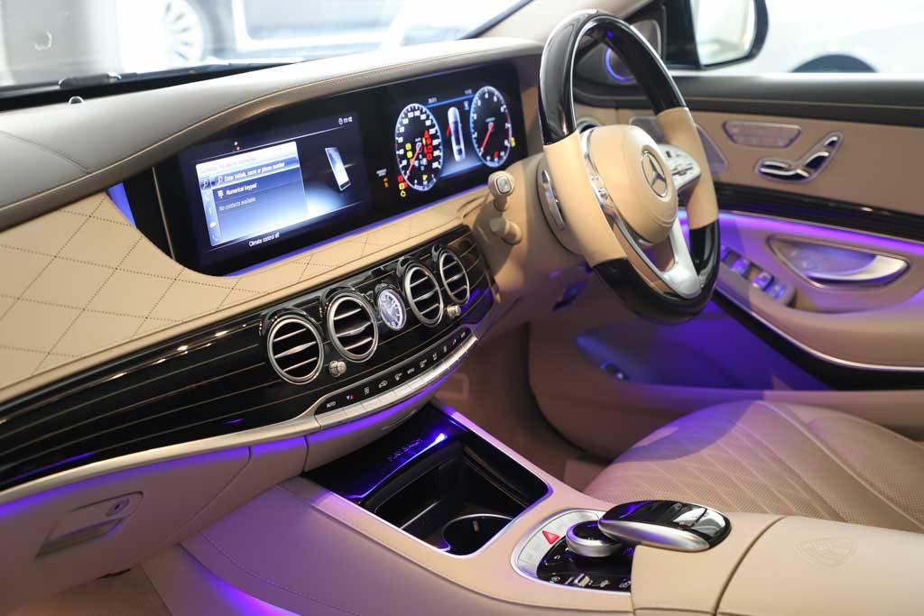 Mercedes-Maybach-S560-Magnetit-15