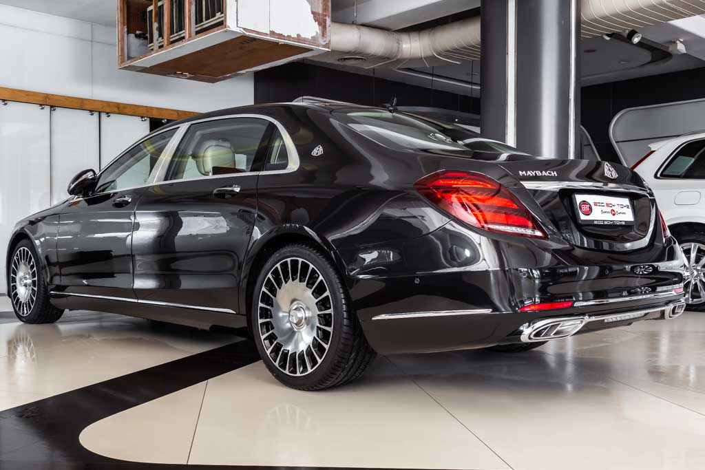 Mercedes-Maybach-S560-Magnetit-37