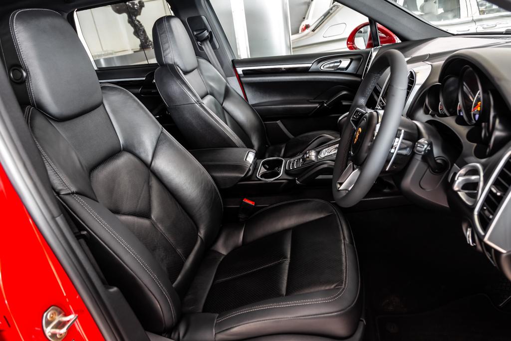 Porsche-C-Red-12