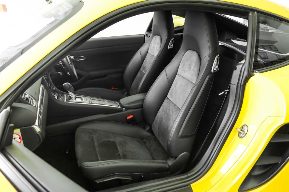 Porsche-Cayman-Yellow-(32-of-32)