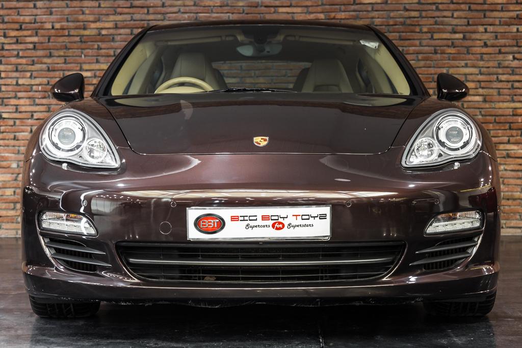 Porsche-Panamera-Diesel-Mahagony-1