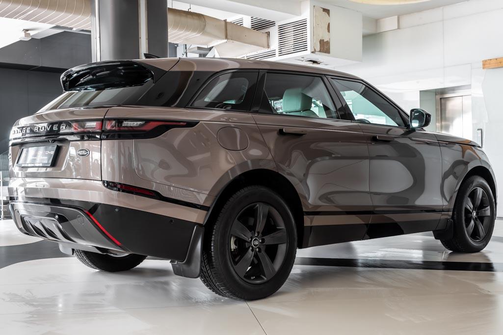 Range-Rover-Velar-D180-R-Dynamic-22