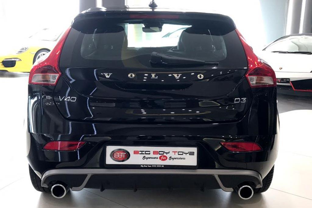Volvo-V40-R-Design-Black-8