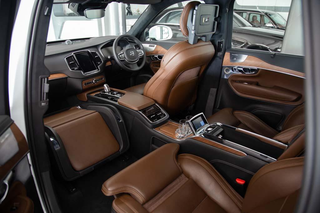 Volvo-XC-90-3-Seats-W-29